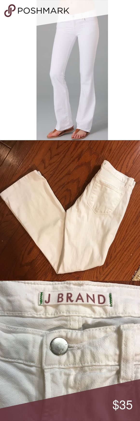 "J Brand White Jeans Bailey Slim Boot Cut #7875 Excellent pre-owned condition, J Brand Jeans in white...style Bailey   Approximate measurements:  Waist - 32""  Inseam - 31""  Rise - 8.5""  All reasonable offers will be considered.   Comes from my clean, smoke/pet free home.   Thanks for looking! J Brand Jeans Boot Cut"