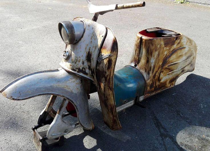 Simson KR50 1963, new project  #barnfind #SimsonKR50 #Ratrod #Simson #ratstyle #wildbirdsnrw #wildbirdsgarage #weraufostblechrundendrehthateinostblechrundendrehgerät #sourkrauts #eastgermanbikes #Ostkult #Ostblech