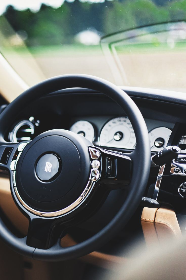 themanliness:      Rolls Royce Ghost by   Florent Poncelet  Facebook   Instagram