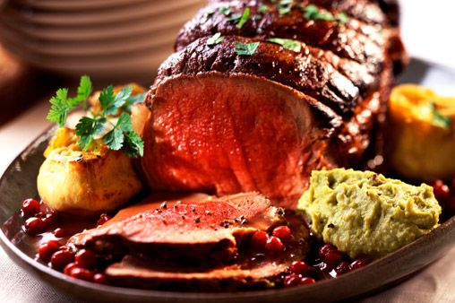 Not a big fan of turkey? Why not replace or add to the big bird in your Christmas dinner with this fantastic Beef Christmas Dinner Recipe. Servers: 8 Perp Time: 15 Minutes Cook time: 150 Minutes