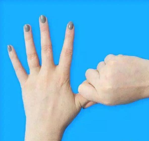 Большой палец: тревога и головные боли