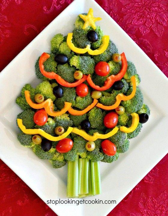 Christmas Tree Vegetable Tray with stoplookingetcookin.com