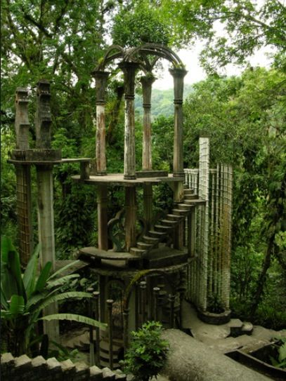 Presenting xilitla, san luis potosi, Mexico. It's incredibly beautiful and mystic looking. I would definitely wanna see it some day!