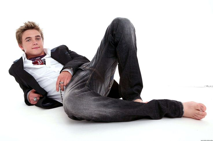 post-27165-1274988608.jpg (2696×1795). Tags: amazing, bare, barefoot, blazer, blonde, boy, elegance, feet, guy, ivy league, jacket, jeans, Jesse McCartney, look men, preppy, sexy, suit, t-shirt, white shirt, блейзер, босиком, Джесси МакКартни, джинсы, костюм, пиджак, преппи
