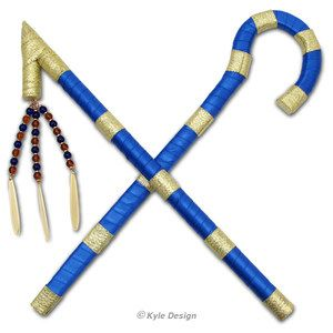 Handcrafted replicas of King Tut's royal accessories: his majestic crook & noble flail. Perfect prop for Egyptian Halloween costumes, school plays and church productions.