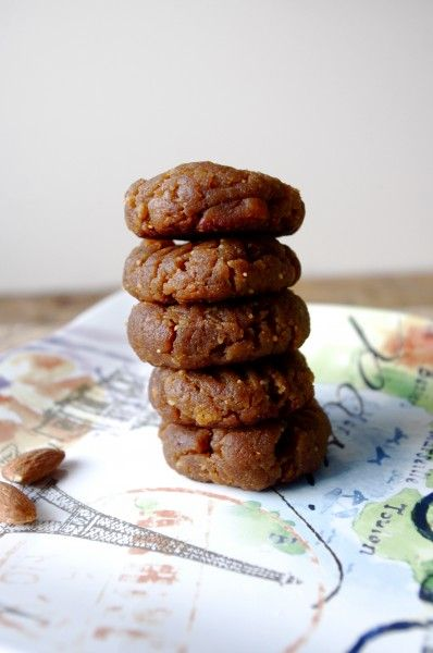 Soft & Chewy Banana Nut Butter Cookies - Vegan, No Refined Sugars & Gluten Free!!