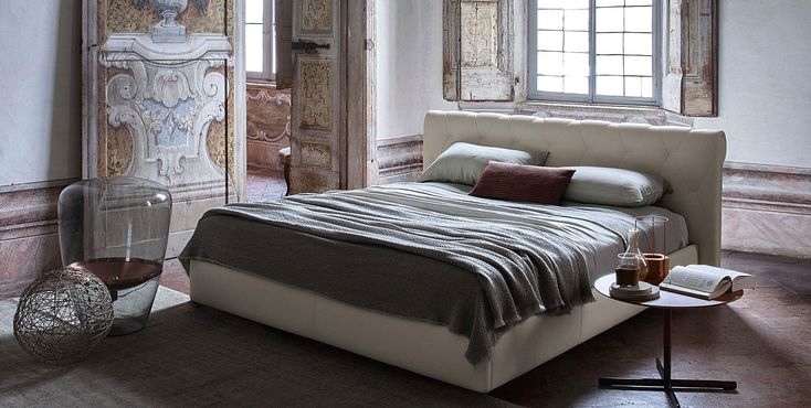 A romantic and chic bedroom    Granbed torino