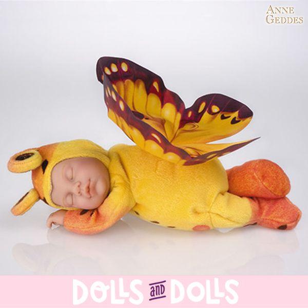 Los muñecos de #AnneGeddes están llenos de originalidad y frescura y embellecerán cualquier habitación con elegancia y creatividad. Sin duda son un regalo perfecto para una persona especial. Ternura, paz e inocencia es lo que encontrarás en cada uno de los diferentes #muñecos de esta preciosa colección. #Dolls #Bonecas #Poupées #Bambole #muñecas #MuñecasDeColección #CollectibleDolls