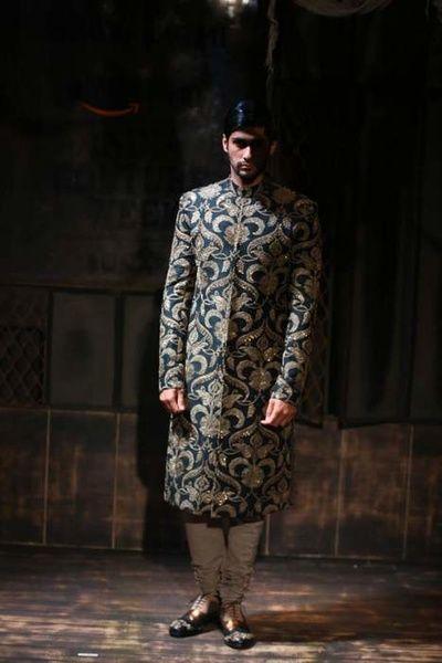 sabyasachi amazon india couture week 2015 bater collection, navy blue sherwani, bold pattern, brocade, embroidered
