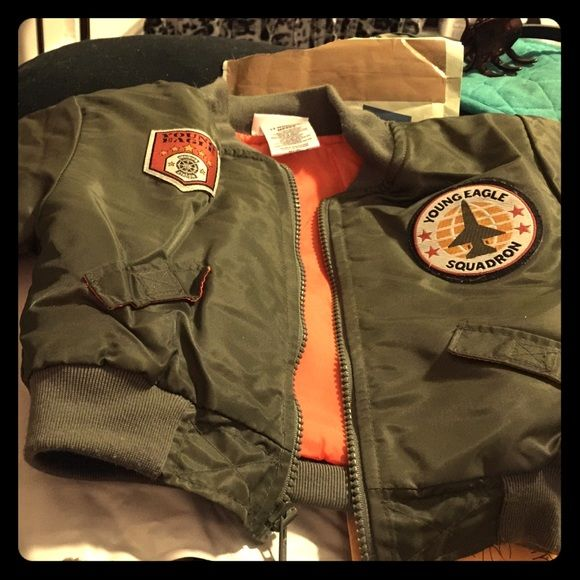 BNWOT Toddler  Bomber Jacket! Very cute! Olive green with patches, similar to Tom Cruise in Top Gun, just cuter! LOL Very warm, zipper front, size 12 months. Your baby boy will have the ladies swooning!!!!!! Jackets & Coats Utility Jackets