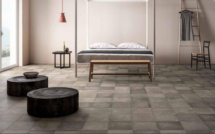Mooie betonlook met veel verschillende tegels. (37-QB) In de volgende maten verkrijgbaar: 45x90, 60x60, 30x60, 30x30 en een decor tegel.  Tegelhuys. (plavuizen,vloertegels, tegelvloer,woonkamer,hal)