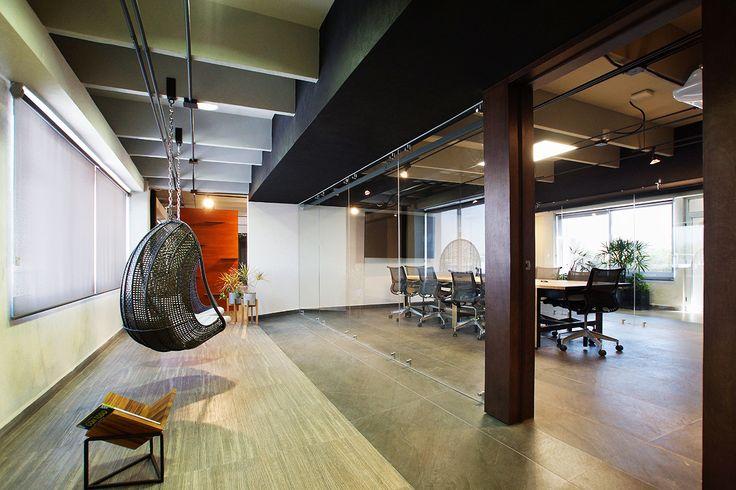 Oficinas ER | Dionne Arquitectos | #office #lighting #wood #furniture #design #interior