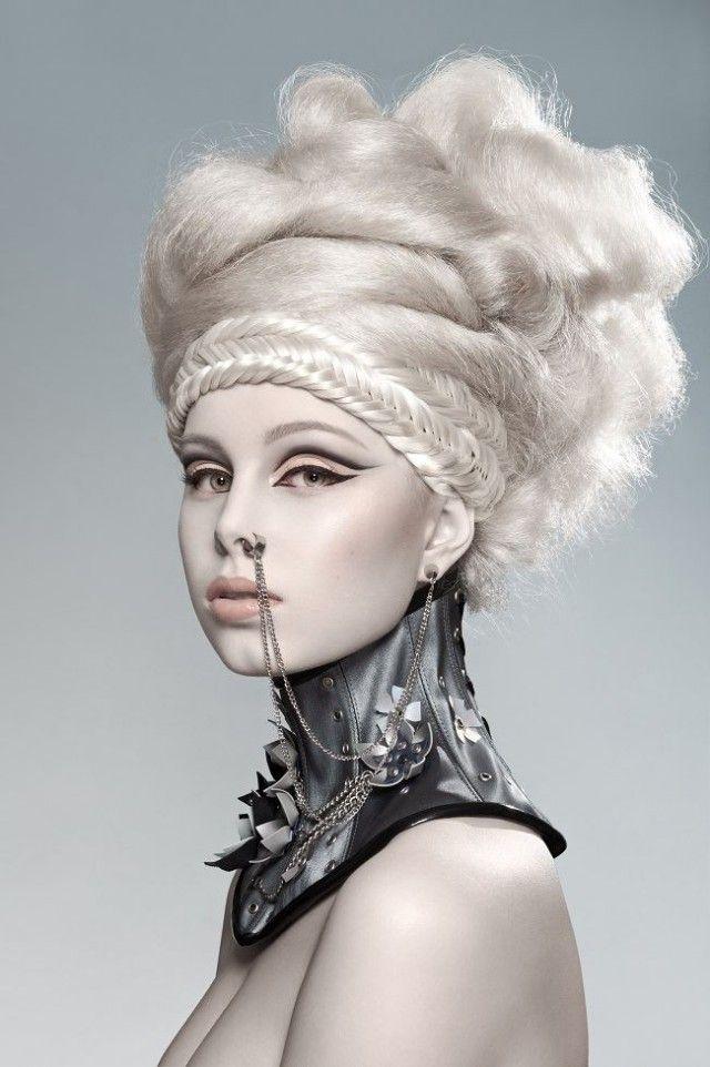 Photographer/Makeup: Magdalena Juszkiewicz Collar: Ekaterina Videva (KatzLittleFactory) Model: Katarzyna Jarząbek #hair #makeup