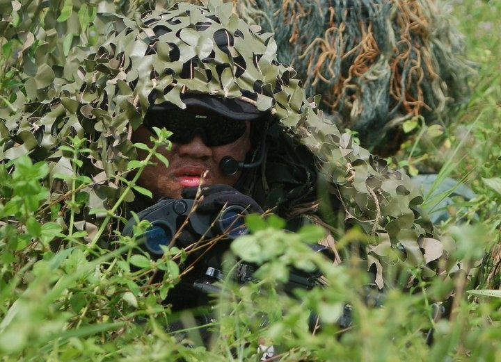 Hendy doing some ghillie weed reconnaissance in his ICE, thanks for sharing!