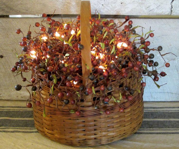 Primitive Lighted Berry Basket