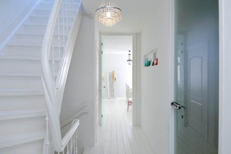 a wall niche in the hallway upperfloor LIFS HOME