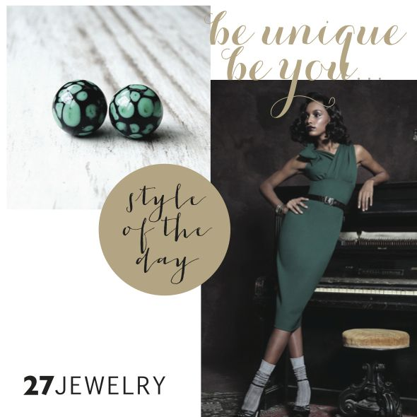 The combination which never gets old…Emerald and black handmade glass 27jewelry earrings