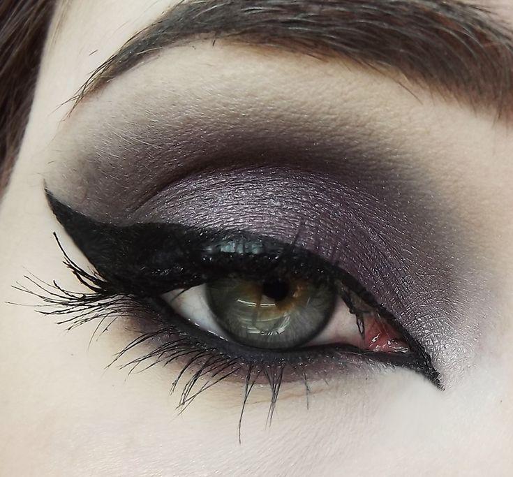 Grimdeva Eyeshadow   My Pretty Zombie Cosmetics