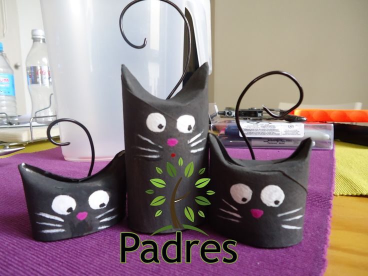 Trio of black Cats  Toilet Paper Roll TP Tube rollos de papel