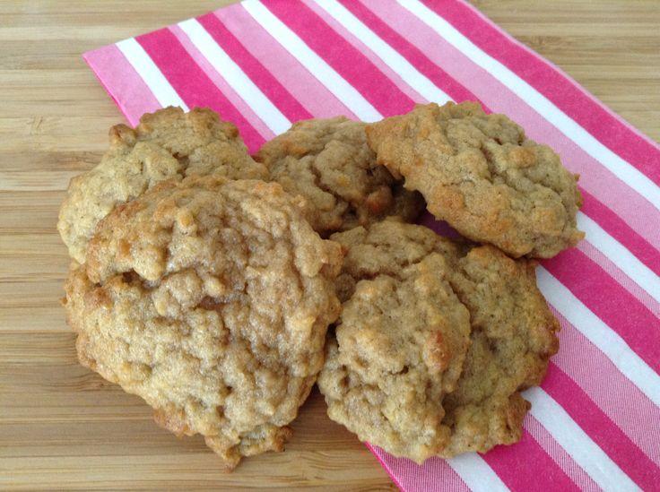 Facile et rapide à faire, ce sont des biscuits parfaits pour un débutant (surtout si vous ne mettez pas de sucre). Une bonne source de fer grâce aux céréales qui s'y retrouvent!