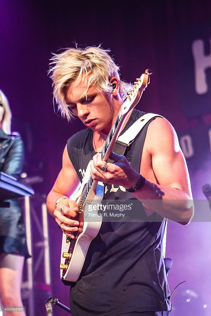Ross Lynch of R5 performs at the House Of Blues on June 4, 2014 in Cleveland, Ohio.
