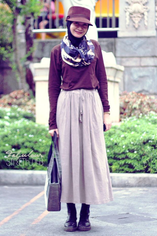 Hijab , hat and boots . #hijab #fashion