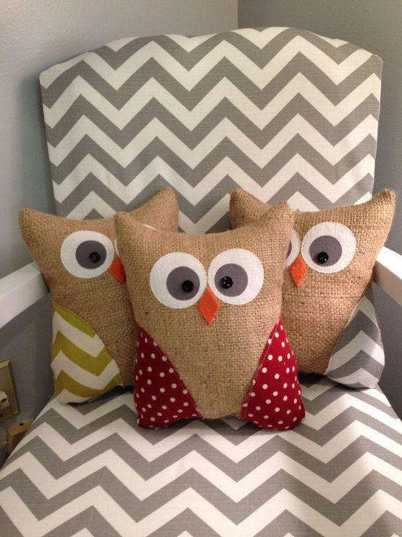Handmade owl pillow burlap owl stuffed owl por thelittlegreenbean