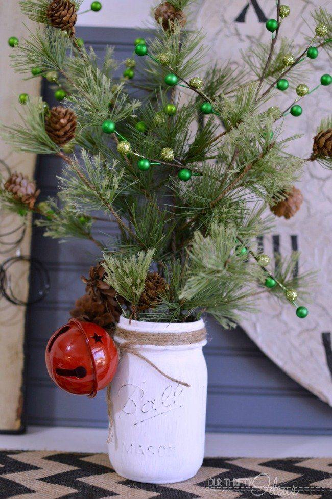 Christmas decor, mason jar crafts, things to do with mason jars, christmas, holiday ideas, popular pin, decorating ideas, DIY home, DIY Christmas.
