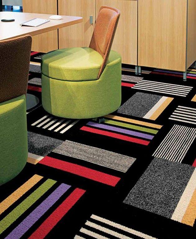 Een uniek tapijt design, leuk voor op een werkkamer.