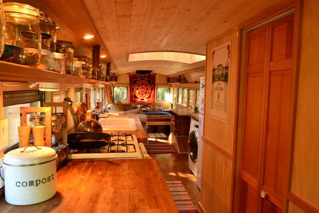 Yellow school bus home interior / The Green Life <3