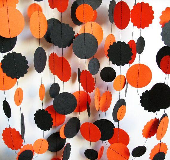 Halloween Garland 23' Orange and Black Circles