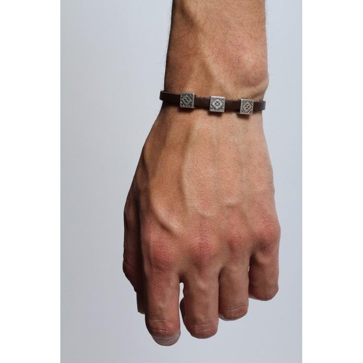 Geometric leather bracelet: Bracelets Men, Life, Bracelet Men, Mens Style, City Maps, Cities Maps, Leather Bracelets Whhaaat, Gentleman Style, Diy Accesorio