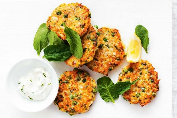 These gluten-free fritters are a tasty combination of millet, cauliflower, peas and ricotta. Millet is rich in proteins and nutrients and is naturally gluten-free.