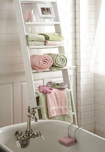 Nice space for bathroom essentials. I like the rose pink and pale green color combo.