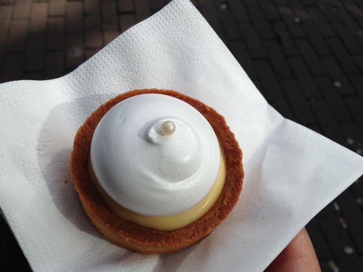 Amsterdam: Petit Gâteau | http://www.tahinitravels.com/petit-gateau/