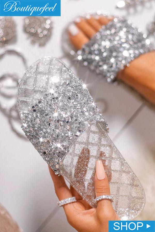 Flache Sandalen mit offenen Zehen und Glitzern – Schuhe