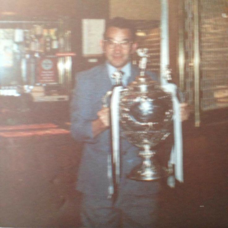 My Grandad in 1982 when hull won the challenge cup against the Widnes Vikings⚫️⚪️