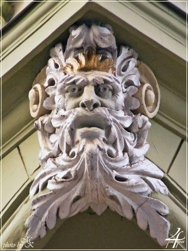 zárókő férfi arc Váci utca -- keystone man's face Váci street -- Budapest