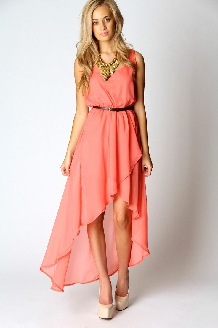 It's cute with the heels tha big jewelry but it would still be cute with the flip flops I would wear it with <3