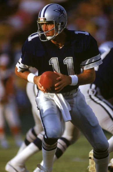 Quarterback Danny White of the Dallas Cowboys 1982