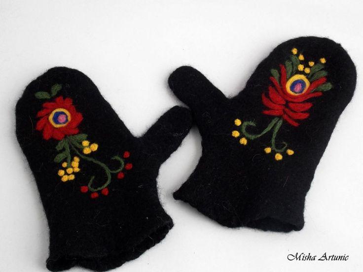 Manusi cu un deget, impaslite, negre cu broderie impaslita