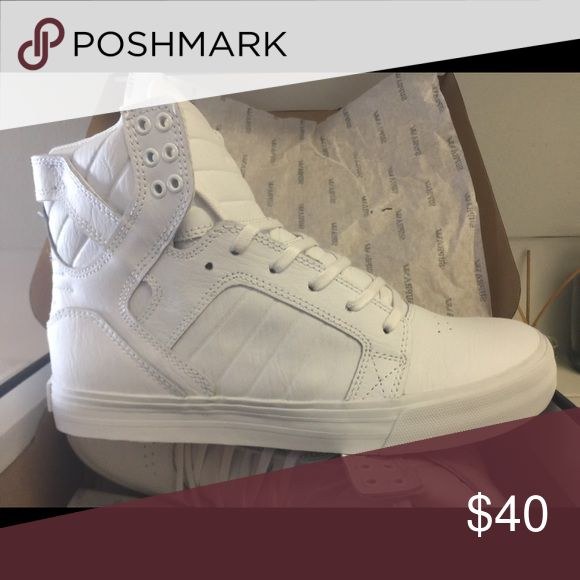 SkyTop White Supra Sneakers Never worn! Still in box! Great condition practically never been touched!! Cute for everyday! Supra Shoes Sneakers