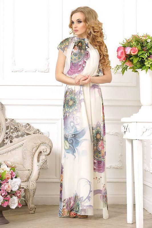 """Платье женское, длиной в пол, с цветочным принтом, приталенное. Вырез изделия высокий, круглый, сжатый на резинке. Рукав короткий, с широкой проймой, силуэт """" бабочка"""". Платье свободное, необлегающее, по талии перетянуто резинкой, с расклешенной юбкой. Расцветка изделия - цветочный при"""