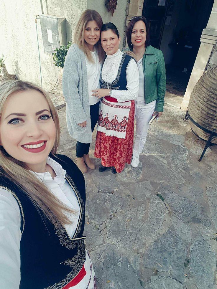 #folkloremuseum #greekhospitality #nature #villagelife #arolithospeople #traditions #arolithosteam #welcometoourvillage #summerseason #happyfaces #happypeople