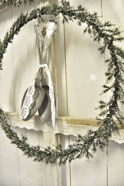 so cute..and a way to use old mis-matched silverware to boot!