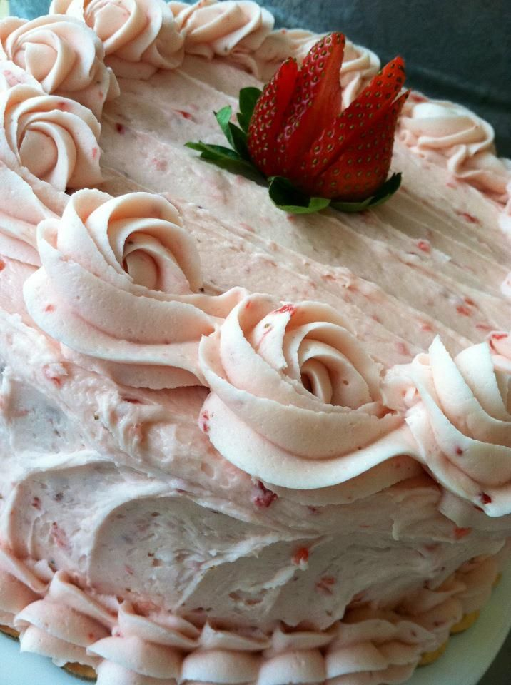 Yummy. Strawberry cake will always be a favorite.