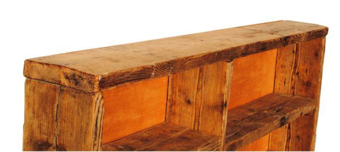 libreria legno naturale. lavorato a mano. artigianale. falegname. arredamento industriale. legno di recupero. bancali.