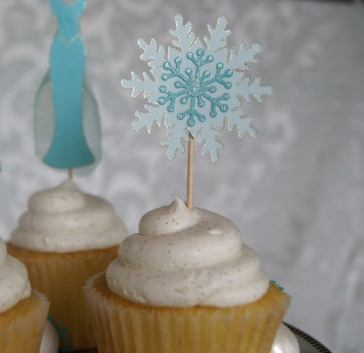 """DIY """"Frozen"""" Cupcake Toppers - Canary Street Crafts"""