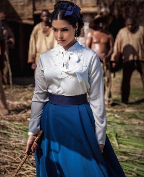 Isabel (Thais Fersoza) escrava mãe figurino. Costume Brazilian Soap Opera
