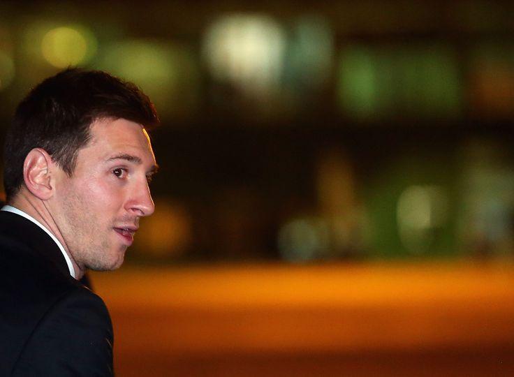 Lionel Messi Photos: The Argentina Team Arrives in Belo Horizonte. Love it!